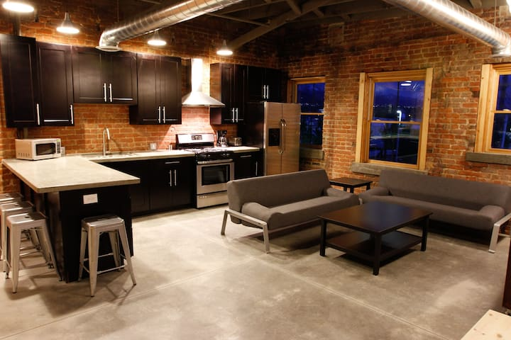 Contemporary & Historic Style. - Ogden - Apartment