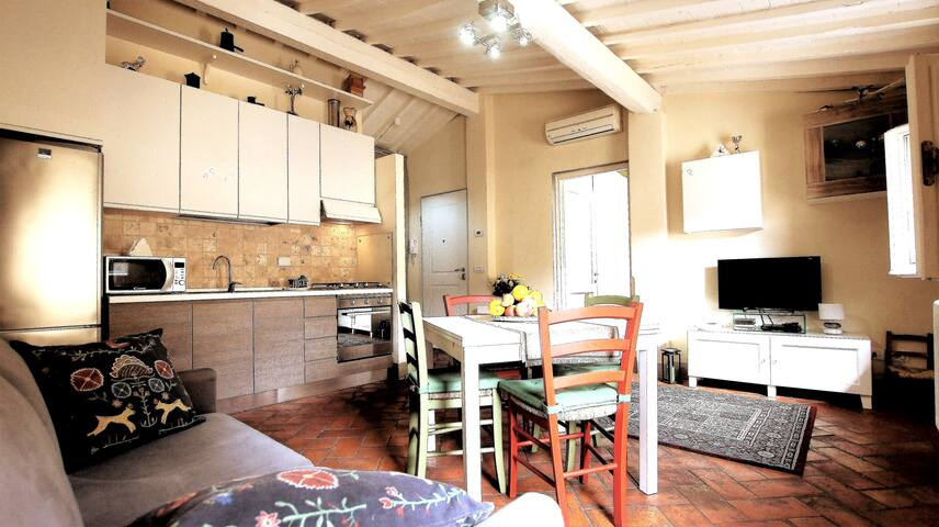 Relaxing Cozy Apartment in the City Center