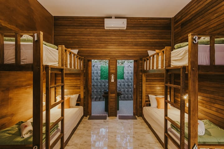 Devadav Hostel (Bunk Bed) Lembongan