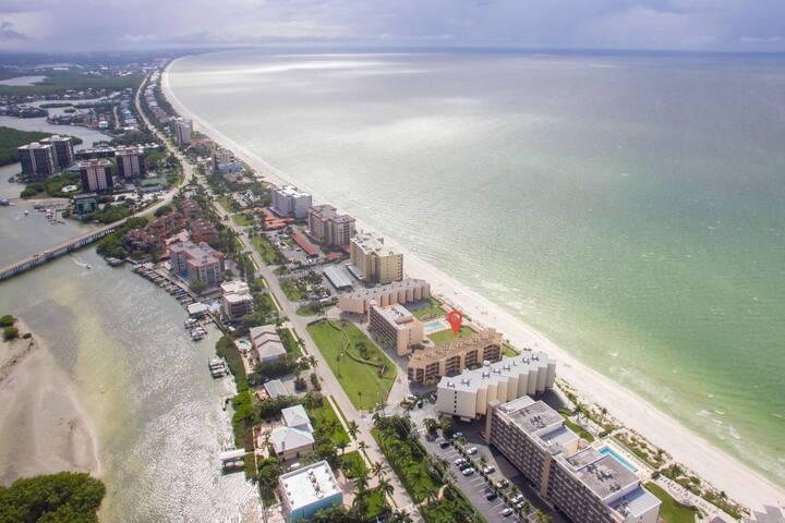 *Wonderful Bonita Beach Condo with Gulf Views, Beach Access and Community Pool!*
