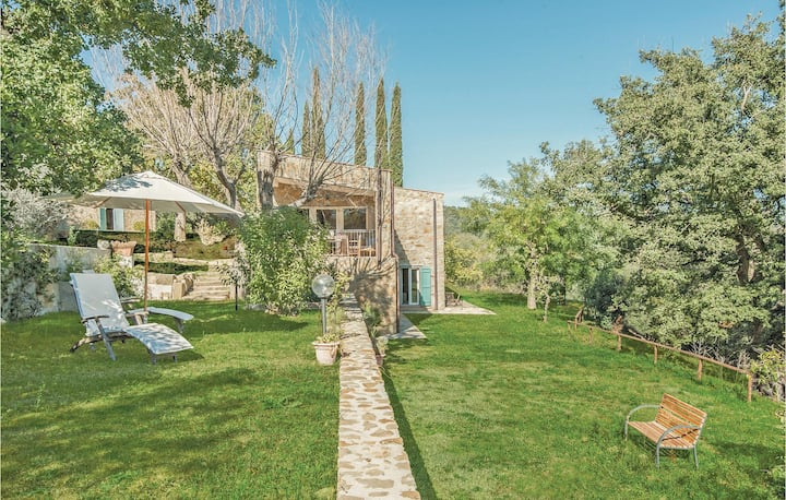 Holiday cottage with 3 bedrooms on 100m² in Pereta -GR-