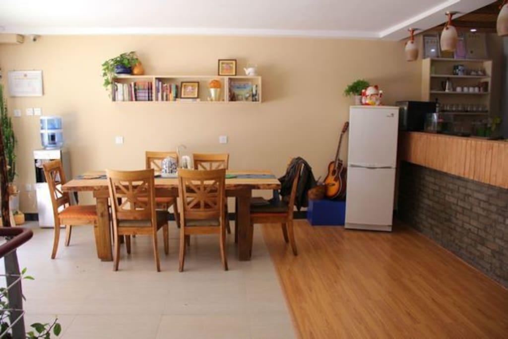 5 auberges de jeunesse louer. Black Bedroom Furniture Sets. Home Design Ideas