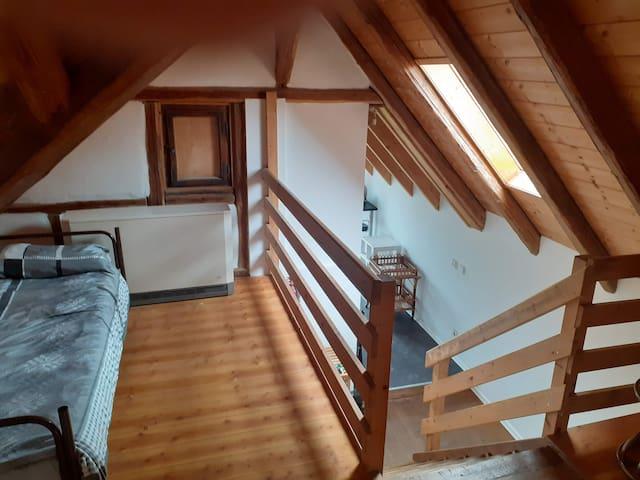 zentrale Dachgeschoss Wohnung Raum Ludwigsburg