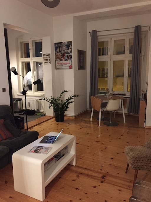 2 rooms calm berlin lichtenberg apartments for rent in berlin berlin germany. Black Bedroom Furniture Sets. Home Design Ideas