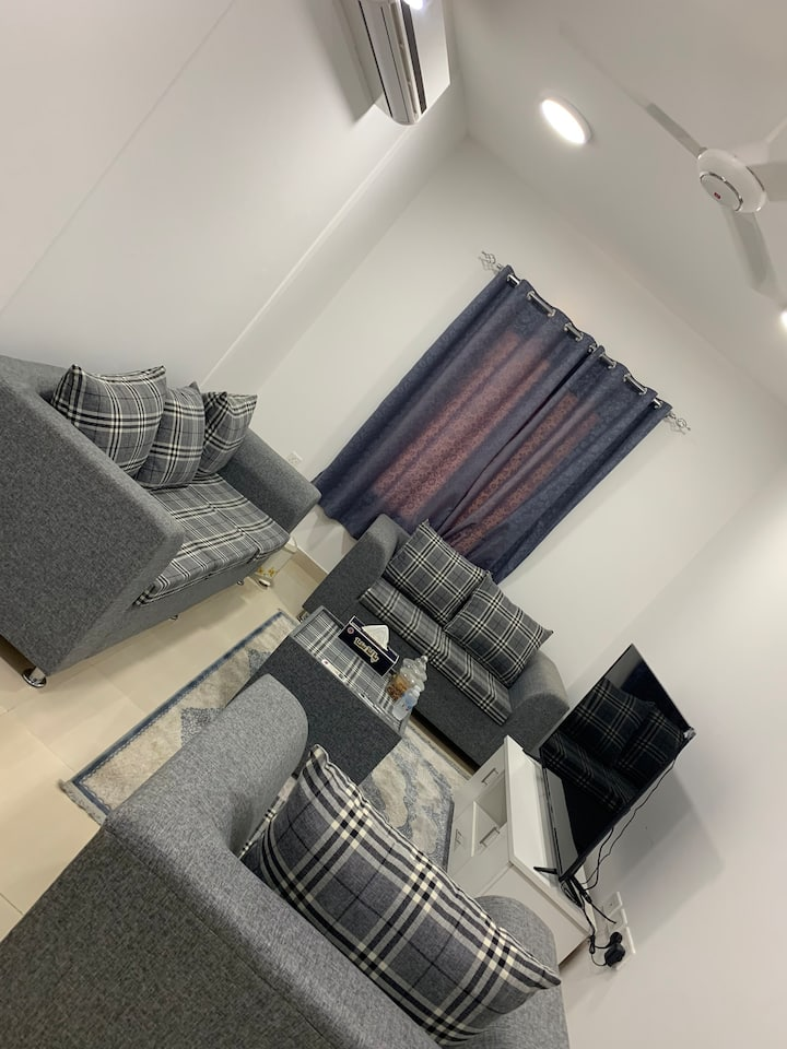 One Bedroom Fully furnished Flat with TV.