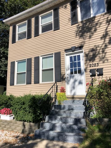 2 bedroom by Behrend and GE