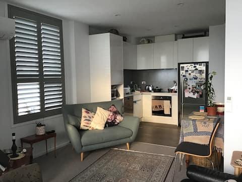 The Set Apartment