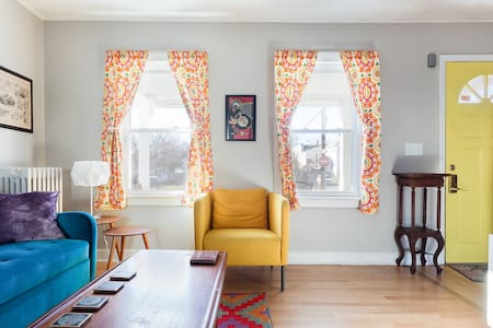 Colorful Retro Pop Vibes in an Ideal Location, Dogs Welcome