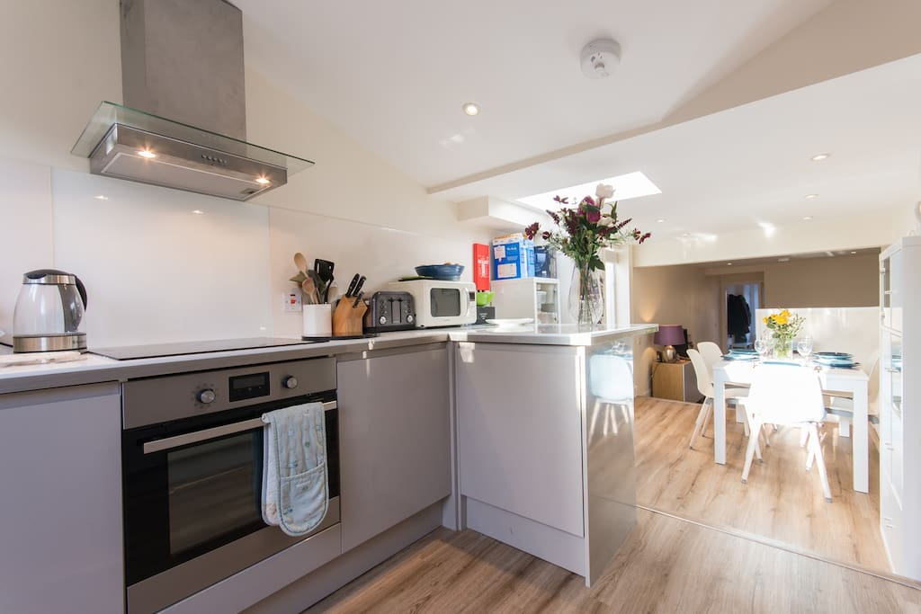 Luxury fully fitted kitchen
