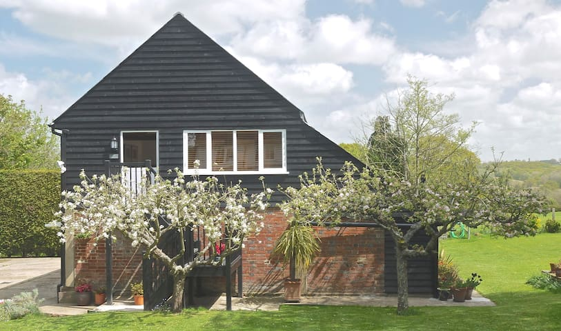 Garden of England rural apartment - Rolvenden - Appartement