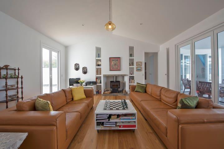 Living room. Books, TV, board games
