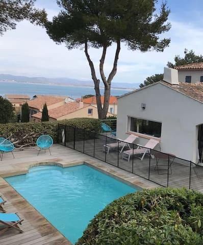 Superbe villa, vue mer, piscine, situation de rêve