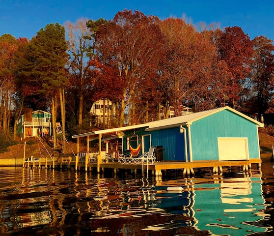Blue Lagoon on Lake Tillery