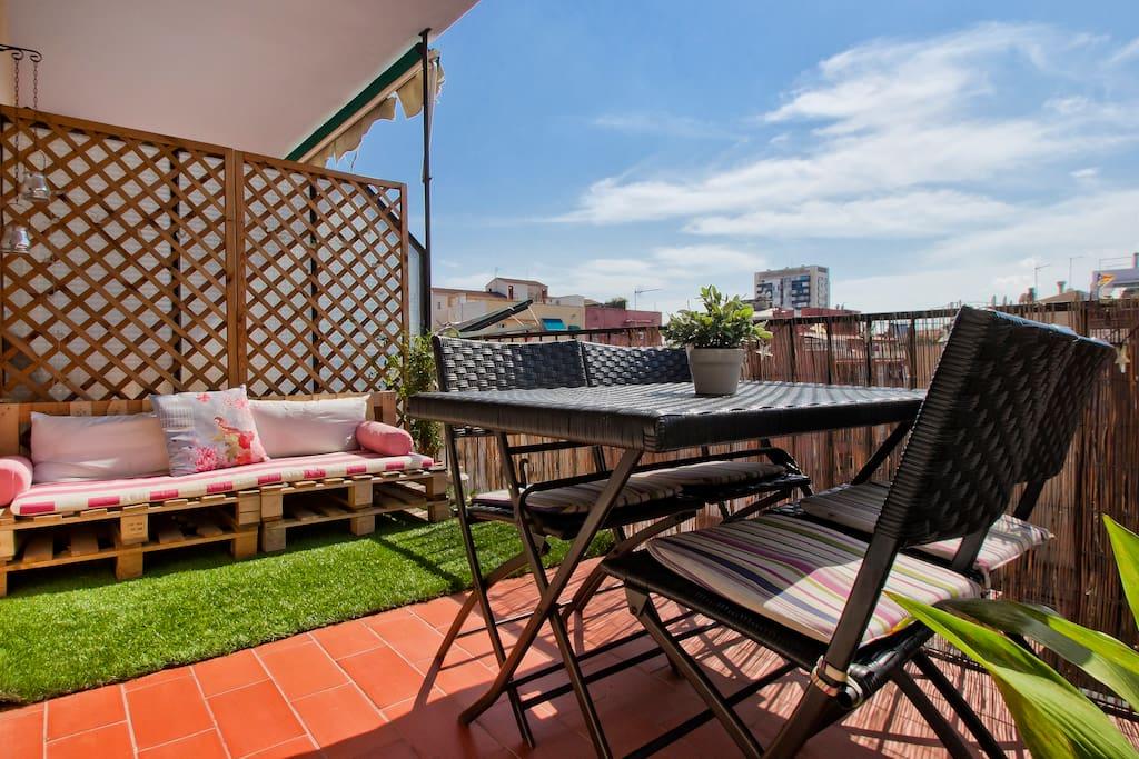 Room At Design Apartment In Bcn Apartments For Rent In Barcelona Catalunya Spain
