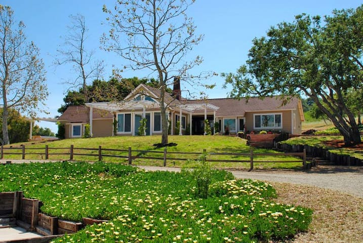 Vineyard View Ranch - Lompoc - House