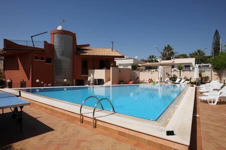 """casa vacanze """"La Casa di Marta"""" - San Leone - Loft"""