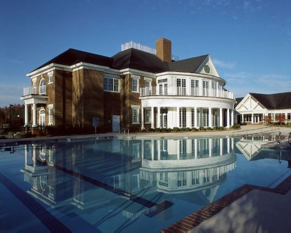 Williamsburg Plantation: 4-Bedrooms / 4 Baths - Williamsburg - Casa adossada