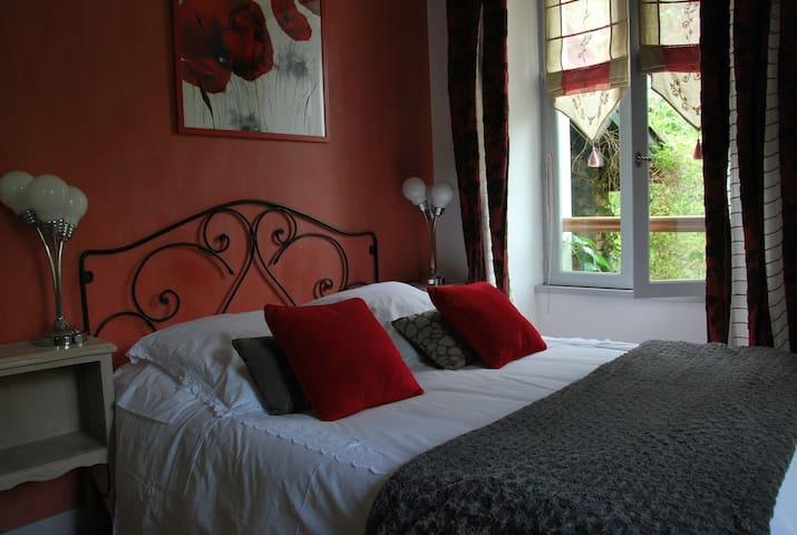 Chambres d'hôtes de charme, Sare - Roseraie