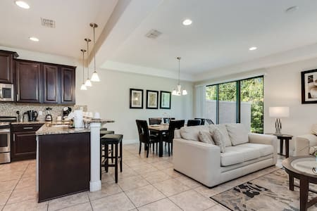 Elegant and Spacious, just minutes from top golf courses! CDC Cleaning Standards #8197