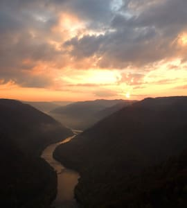 Quality Hostel style Lodging New River Gorge WV