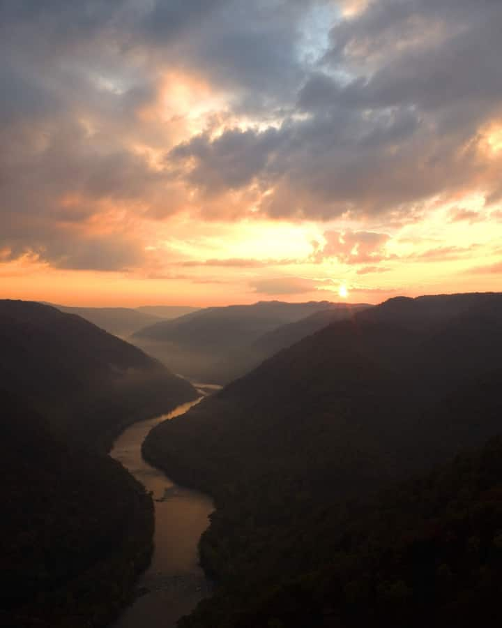 Casual lodge RIVER ROCK Retreat New River Gorge WV