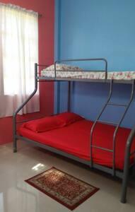 Josephine's Family Room 03