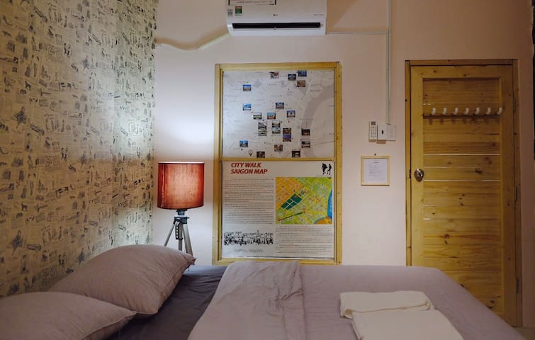 """JHOUSE COZY ROOM /FAST WIFI/1"""" TO BUI VIEN"""