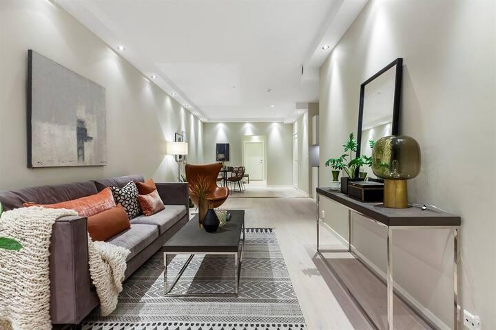 Zimmer in heller, zentraler Neubauwohnung