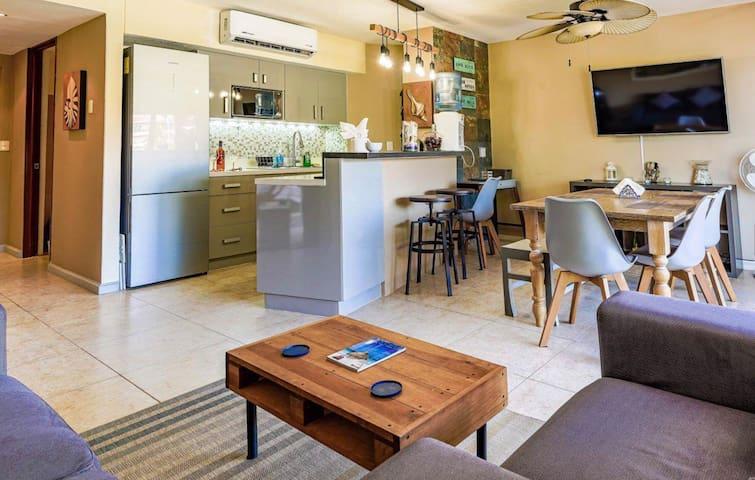 Inviting living room & dining room