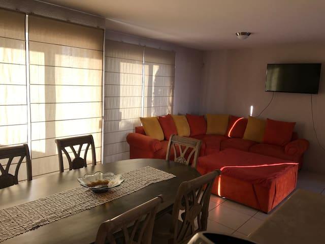 Casa completa 8 personas Coto, club cochera