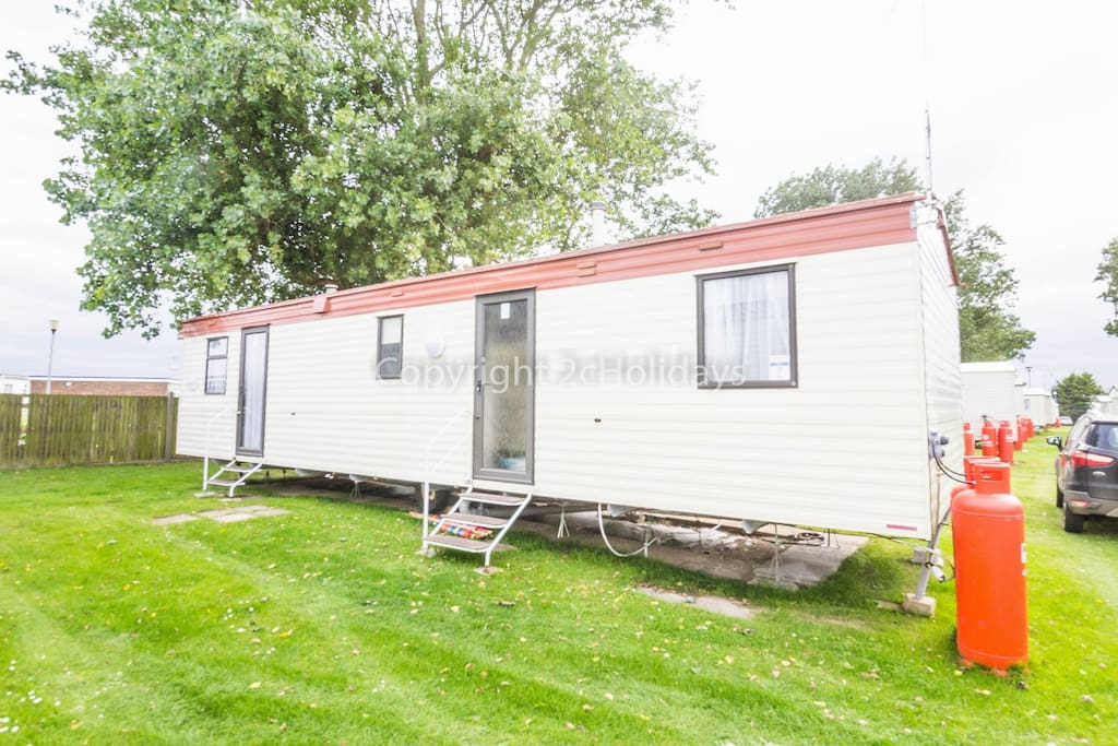 8 berth caravan for hire at California Cliffs Holiday Park