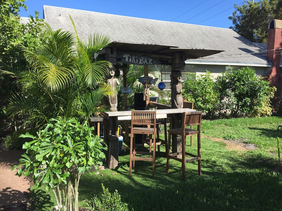 Outside slice of Key West with Tiki Hut area for kicking back, relaxing, working, relaxing again