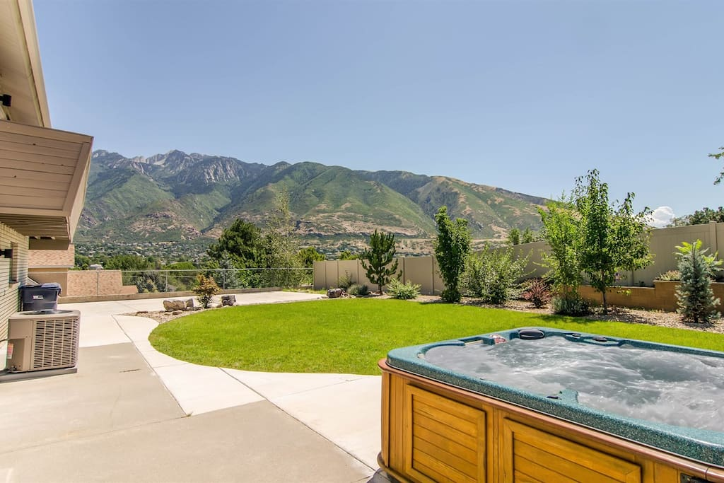 Private hot tub with mountain view