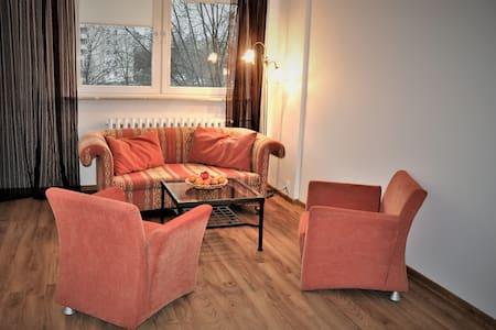 3 rooms apartment, 55 m,  3.8 km to Old Town - Warschau - Appartement