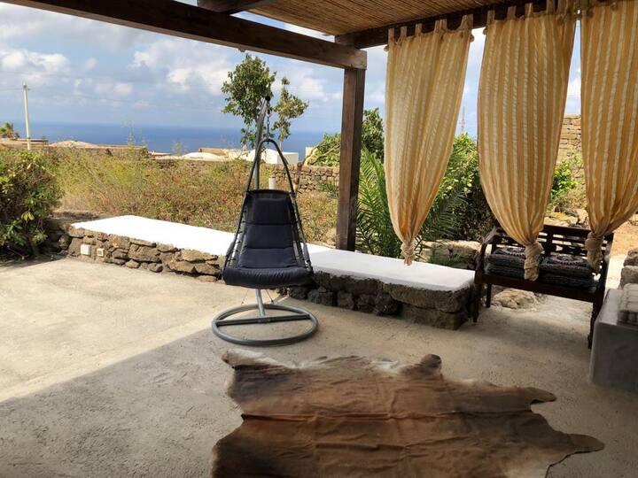 Meraviglioso Dammuso a Pantelleria Scauri-Rekhale