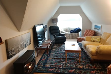 Heritage Hill Home Away from Home! 30 day stay-20%