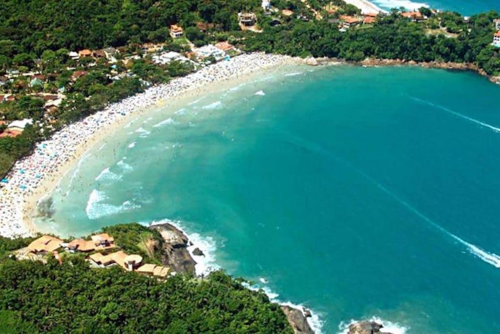 Vista aérea da Praia do Tenório