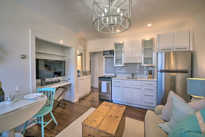 NEW! Upscale Nantucket Condo near Top Attractions!