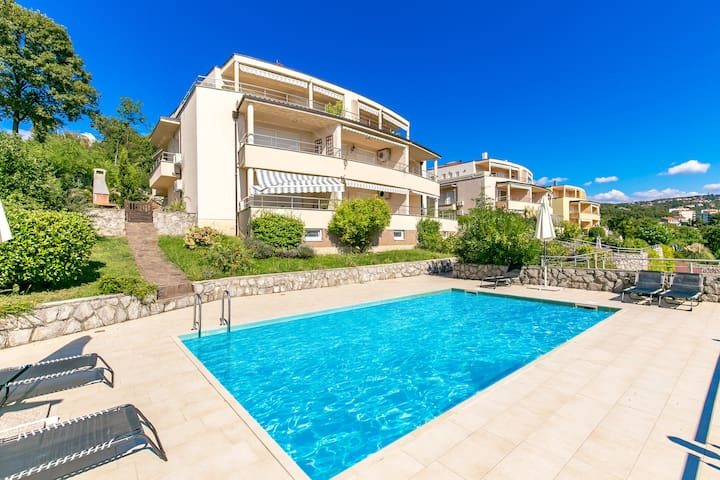 Luxury apartament Andreja  with pool in Opatija
