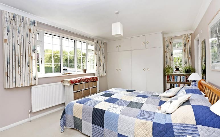 Big studio flat in Chesham - Chesham - Lägenhet
