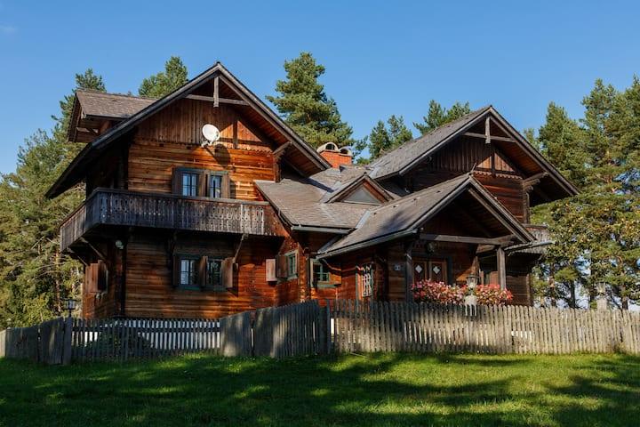 Exclusives Holzhaus in Sonnenlage zum Wohlfühlen