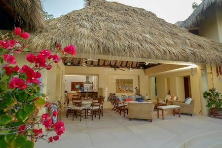Luxury Pool Villa with private beach in Ixtapa
