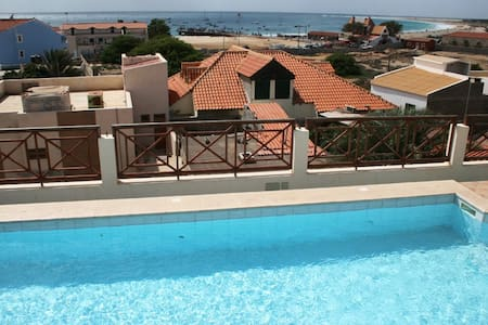 Large Penthouse central rooftopool - Santa Maria