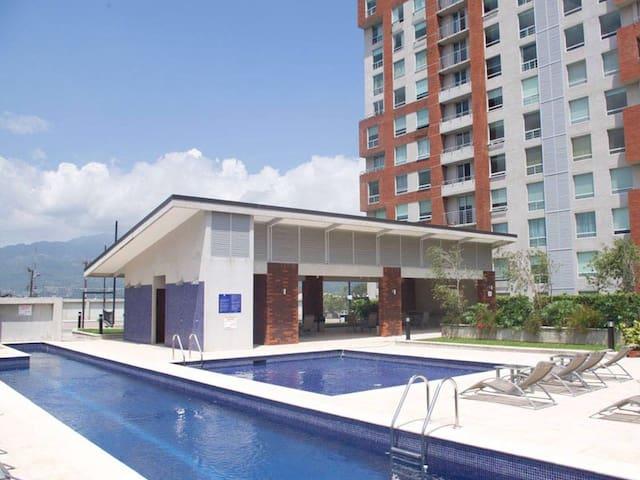 Apartamento cerca de todo - San José - Apartemen