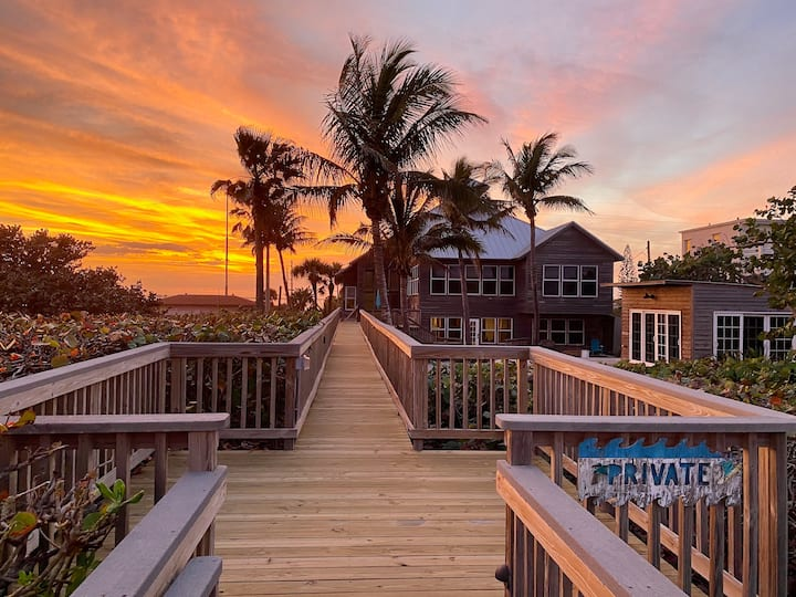The Atlantic Estate, Private Oceanfront  w Pool