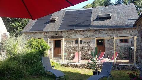 Holiday cottage 5 people Jacuzzi, poss. table d 'hôtes in the evening
