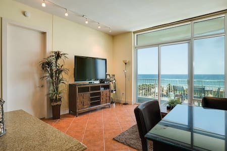Sapphire Luxury Beachfront Oceanview Condo 3BR/2BA - South Padre Island - Wohnung