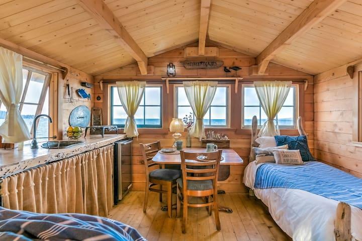 Fisherman's Cabin, Glacier State Park