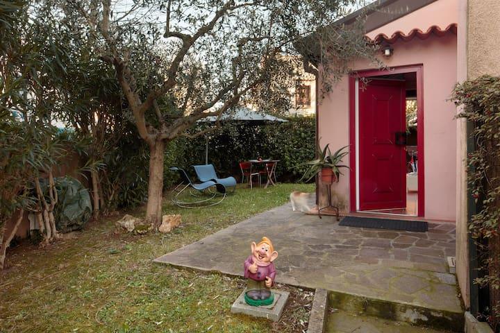 Portoverde Pink House