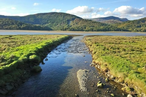 Stable Cottage Farm Stay Snowdonia Coast Sleeps 6